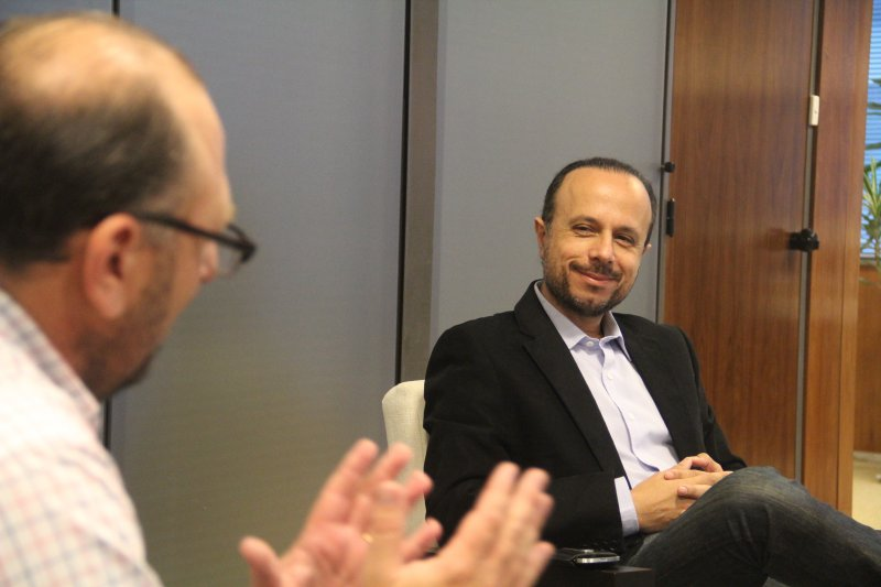 """""""No debemos pensar en la coyuntura, sino en estrategias a largo plazo"""". Antonio Aracre"""