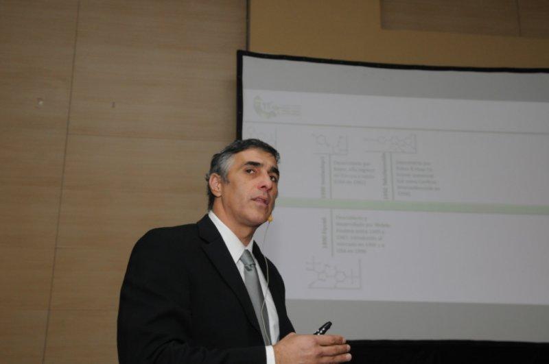Las 30 a Roberto Peralta- Socio de Halcón SRL