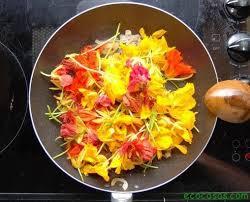 Este verano, recetas con flores-Por: Mechi González Prieto