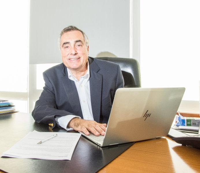 """Ricado Yapur, CEO de Rizobacter: """"Todo se basa en las ganas"""""""