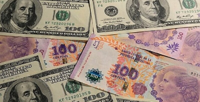 Crisis económica: ¿adoptar el dólar ayudaría a resolverla?